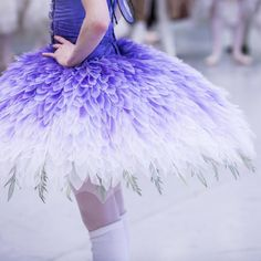 Lilac and legwarmers is what we're all about this Friday ... 4 sleeps until The Sleeping Beauty awakes! More tickets have just been released for opening night of this brand new ballet. Head to the link in our bio to purchase! #TABSleepingBeauty #BalletFashion @klongersklongers