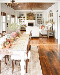 11 Autumn Style Ideas from Some of Our Favorite Influencers - Cottage Journal Cottage Dining Rooms, Cottage Living, Home Living Room, Cottage House, Southern Farmhouse, Farmhouse Interior, Cottage Farmhouse, Brick Cottage, Swedish Cottage
