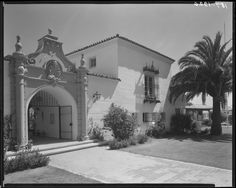 #TBT This is Hawthorn School in Beverly Hills, as seen between 1923 and 1933. Courtesy of the California History Room, California State Library, Sacramento, California