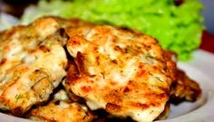 Preparation: Chicken breast cut into not too fine, small pieces. Mushrooms cut into cubes. If you decide to add onion,small onion finely chopped. The volume of mushrooms should be 2/3 of the volume of meat. Add eggs, dill ( I dry), starch and sour cream, crushed garlic clove, salt and pepper.