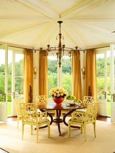 Style-Setting Ceilings   Traditional Home