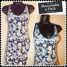Abercrombie bodycon dress Sz Med Juniors blue floral print bodycon stretch summer dress. V-neckline. Stretchy. Cute! Sz Medium (94% Cotton/6% Elastane) Abercrombie & Fitch Dresses Mini