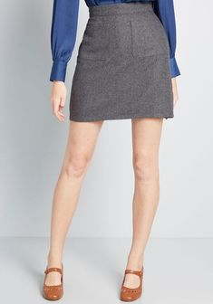 If anyone wants the scoop on this ModCloth namesake label pencil skirt you're rockin', all they have to do is ask! You've got all the deets on this mini's patch pockets, neutral grey hue, lightweight wool blend, and vintage-inspired essence - and yo Pencil Dress Outfit, Pencil Skirt Casual, Pencil Skirt Outfits, Denim Pencil Skirt, Blazer Outfits, Casual Outfits, Pencil Skirts, Pencil Dresses, Denim Skirt