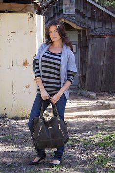timi & leslie Kate 7-Piece Diaper Bag Set in black - stylish diaper tote made from faux leather #stylishdiaperbag