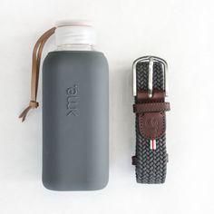 SQUIREME GLASS BOTTLE Y1 ANTHRA – Kladi Glass Bottles, Water Bottle, Drinks, Drinking, Beverages, Water Bottles, Drink, Beverage
