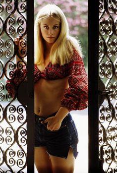 Cybill Shepherd, Vogue 1968