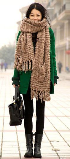 New Fashion Winter Chic Chunky Knits Ideas Winter Chic, Winter Mode, Winter Style, Fall Winter, Fashion Casual, Style Casual, Winter Fashion, Fashion Fashion, Fashion Outfits