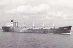 """http://vervlogentijden.blogspot.nl/search?q=voorne  VOORNE Eigenaar: N.V. Scheepvaart Maatschappij """"Triton"""", Rotterdam Bouwwerf: Van der Giessen-De Noord N.V. / 868 - Bouwjaar: 1970"""