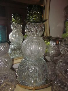 Everything made of Glass Snowman Crafts, Christmas Projects, Holiday Crafts, Christmas Ideas, Christmas Snowman, Christmas Holidays, Christmas Decorations, Christmas Ornaments, Primitive Christmas