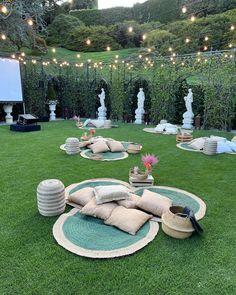 Perfect Place, Table Decorations, Garden, Outdoor Decor, Instagram, Home Decor, Events, Garten, Decoration Home