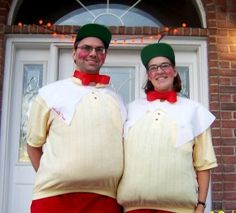Tweedledee & Tweedledum couples costume idea for halloween ideas for costumes from goodncrazy.com Carissa Rogers