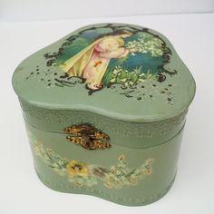 Celluloid Box, Victorian Boxes, Victorian Decor, Collar Boxes