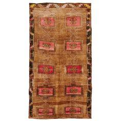 Bara Bara Vintage Wool Rug