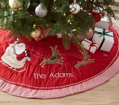 Quilted Tree Skirt #pbkids maybe I'll get one this year!