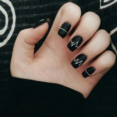 Black and white minimalist simple nail design, reminds me of heart beats
