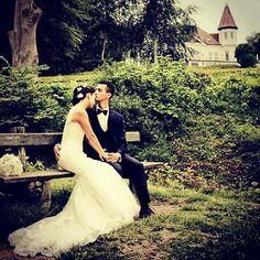Bryllupsfotografering ved Varna palæet Aarhus. #varnaaarhus #varnapalæet #voresstoredag #brud #groom #bryllup #bryllupsbilleder #bryllupsfotograf #bryllupsforberedelse #wedding #weddings #aarhus #weddingforum #weddingphotos #weddingdetails #weddingpictures #weddinginspiration #weddingphotographer