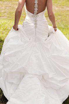 Wedding dress idea Jacqueline Steinmet Jake Johnson LaceHanky Photography