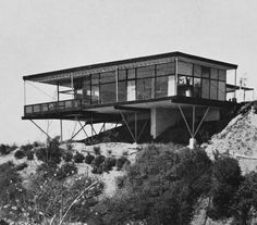 Grossman House, Claircrest Drive, Los Angeles Sadly, the house doesn't exist anymore. Image: Domus via esoteric survey