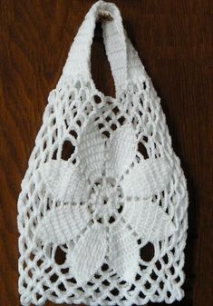 Crochet Handbags Stylish Easy Crochet: Crochet Bag Free Pattern For Summer and Beach Bag Crochet, Crochet Market Bag, Crochet Shell Stitch, Crochet Handbags, Crochet Purses, Crochet Crafts, Free Crochet, Crochet Summer, Crochet Diagram