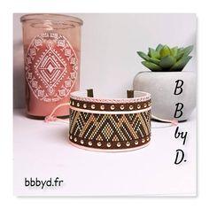 Bracelet Manchette en perles Miyuki Délica et Strass. Bracelet