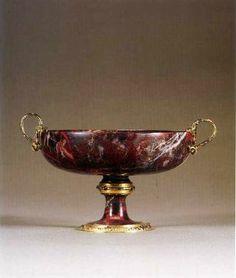 Coupe ronde en jaspe sanguin, collection de Louis XIV – Milan, vers 1540 - Paris, Musée du Louvre