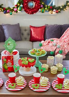 Holiday Family Movie Night Source by amyspartyideas Christmas Movie Night, School Christmas Party, Grinch Christmas Party, Grinch Party, Christmas Party Themes, Xmas Party, Christmas Activities, Christmas Traditions, Holiday Fun