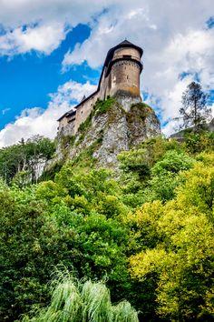 Bratislava, Reisen In Europa, Monument Valley, Nature, Travel, Vacation Travel, Travel Advice, Destinations, Ideas