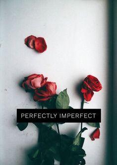 🌹🌩 Mood Wallpaper, Tumblr Wallpaper, Aesthetic Iphone Wallpaper, Flower Wallpaper, Wallpaper Quotes, Aesthetic Wallpapers, Wallpaper Backgrounds, Aesthetic Roses, Quote Aesthetic