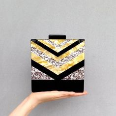 Buy designer Acrylic strip clutch for wedding, party prom and more Material; Acrylic Handling work days Shipping weeks, Shipping Location: International Warehouse. Jewelry Packaging, Jewelry Branding, Crochet Clutch Bags, Clutch Purse, Wooden Bag, Promotional Design, Lucky Brand Jewelry, Handcrafted Jewelry, Handmade