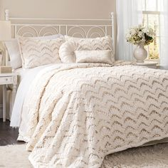 3-Piece Giselle Comforter Set - A Bed Made for a Queen on Joss & Main