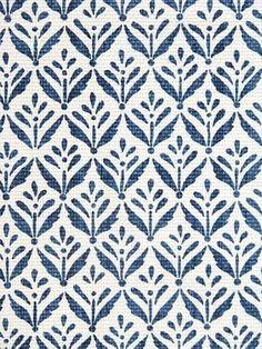Organic Floral motif pattern. #seamlesspattern #surfacepattern #patterndesign #fabricdesign #floralpattern