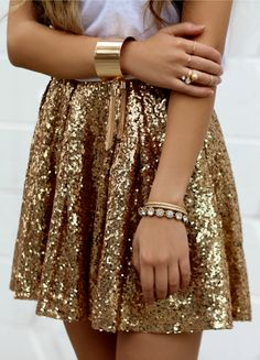 gold Sequin skirt perfect for your next party. Gold accessories all the way. date night outfit idea.