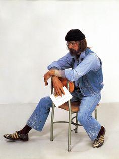 Seated Artist - Duane Hanson