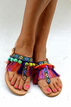 Sandals Dizzy Parrot handmade to order por ElinaLinardaki en Etsy