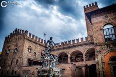 Bologna, Louvre, Building, Travel, Italia, Viajes, Buildings, Destinations, Traveling