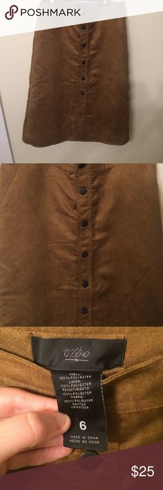 Midi suede skirt Suede tan skirt! Midi. Target. Size 6. Bought but never wore!!! GREAT condition. Has pockets. Buttons down Mossimo Supply Co Skirts Midi