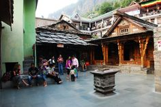 The Vashisht temple near #Manali which exists even today is believed to be more than 4000 years.