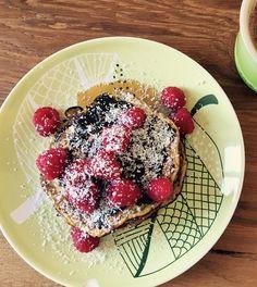 Un pancake squisito, veloce da realizzare e perfetto per colazioni e break. Una ricetta facilissima suggerita da Veronica di Roma.