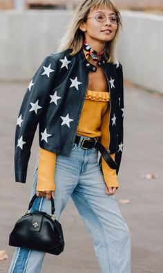 The Best Street Style From Australian Fashion Week 2017 See the best street style from Australian fashion week. Source by bohemiancharm The post The Best Street Style From Australian Fashion Week 2017 appeared first on The Most Beautiful Shares. Looks Street Style, Looks Style, Style Me, Style Star, Star Fashion, Look Fashion, Fashion Outfits, Fashion Trends, Fall Outfits