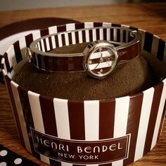 I love my new watch!! ♡♡ @henribendel #bendelgirl #Bendels #watch #accessory #accessorize #accessories #treatyoself #fashionable #gold #brown #fashion #wiw #stripes #white #ootd #ootn #jewelry