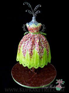 https://flic.kr/p/9E1bCn | dress cake