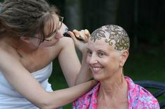 """Henna Heals is a global community of artists who create and advocate for """"henna crowns"""" as a form of empowerment for people experiencing hair loss."""