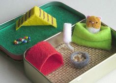 Altoid Tin Toys: Give a hamster a home