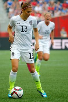 Alex Morgan Photos - USA v Japan: Final - FIFA Women's World Cup 2015 - Zimbio