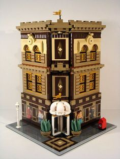 LEGO Modular Building - Department Store - sans pedestrians - View without figs showing diamond tiling motif which runs from ground level via the floors to the roof.