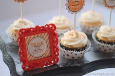 FREE Halloween printable on iheartnaptime.net . These make great cupcake toppers!