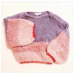 """Maiami auf Instagram: """"Happy Week, alle beginnen! #Repost by @ mina_3783 #maiamiberlin #str ... Fashion Kids, Knit Fashion, Live Fashion, Slow Fashion, Winter Fashion, Petite Fashion, Curvy Fashion, Style Fashion, Sweater Weather"""
