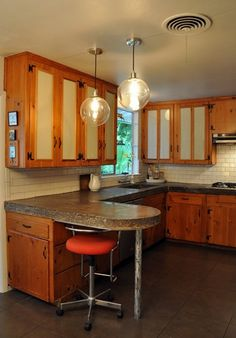 what works with knotty pine
