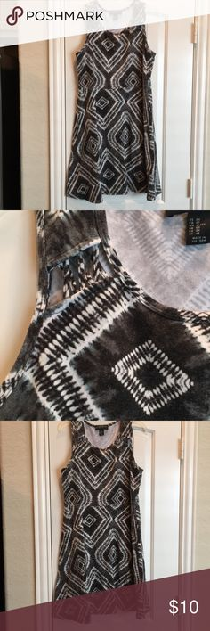 Forever 21 plus size Grey and white dress Forever 21 Dresses Mini