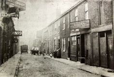 Street Run, Street Look, St Thomas Church, Red Lion Hotel, Victoria Hall, Green Terrace, Phoenix Homes, Victorian Buildings, Sunderland